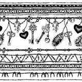 套种族羽毛 在当地样式的种族无缝的样式 与羽毛的与垂饰的边界和条纹 免版税库存图片
