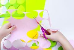 套纸鸡蛋,与孩子的工艺, 库存照片