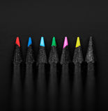 套美丽的色的黑铅笔,浅景深 库存照片