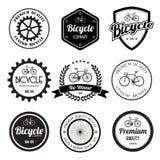 套自行车减速火箭的葡萄酒证章和标签。 免版税库存照片
