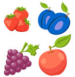 套草莓,苹果计算机,葡萄 在背景隔绝的果子 象果子 免版税库存照片