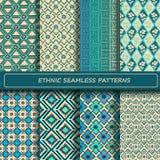 套蓝色白色抽象种族几何无缝的样式 免版税库存照片