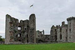 套袖大衣城堡是一座晚中世纪城堡在套袖大衣北部村庄Monmouthshire县位于东南W 库存图片