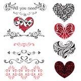 套装饰心脏,小插图 红色和黑心脏isolat 库存照片