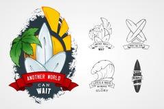 套设计商标的传染媒介样式在题材水,冲浪,海洋,海,棕榈,丝带,波浪, surfbord 图库摄影