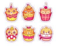 套贴纸的,补丁,别针创造性的猫面孔杯形蛋糕 免版税库存照片