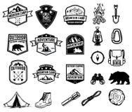 套野营,远足,旅游业象征 设计象征的元素,签字,标记,海报 库存例证