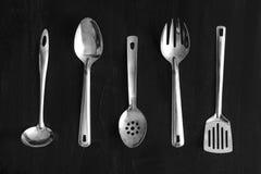 套金属厨房器物 免版税库存图片