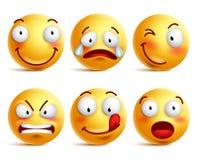 套兴高采烈的面孔象或黄色意思号用不同的表情 免版税图库摄影