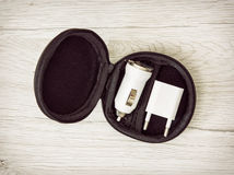 套usb在圈子黑匣子的汽车充电器,充电的设备 免版税库存图片