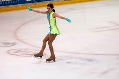 奥伦堡俄罗斯26 03 2016年:竞争女孩花样滑冰运动员 免版税库存照片