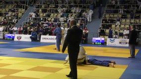 奥伦堡,俄罗斯- 2017年10月21日:男孩在柔道竞争 影视素材