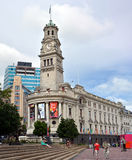奥克兰城镇厅大厦在Aotea广场,新西兰 免版税库存图片