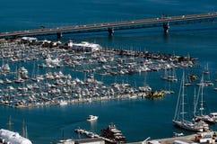 奥克兰都市风景- Westhaven小游艇船坞 库存图片