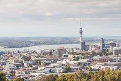 奥克兰,新的西兰2013年12月12日 奥克兰都市风景  免版税库存照片