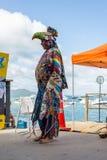 奥克兰,新西兰- 2018年4月07日:观众和竞争者在Murrays海湾码头Birdman节日 免版税库存图片