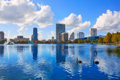奥兰多地平线fom湖Eola佛罗里达美国 免版税库存照片