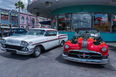 奥兰多,佛罗里达- 2015年5月06日:著名汽车在普遍奥兰多,佛罗里达 图库摄影
