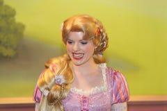 奥兰多,佛罗里达- 12月15 :在非常Mickey的圣诞快乐党,奥兰多佛罗里达的Rapunzel 库存照片