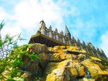 奥兰多,美国- 2014年1月02日:在Hogsmeade村庄的哈利・波特主题的吸引力在环球影业里面 免版税库存图片