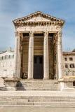 奥古斯都普拉,克罗地亚古庙  免版税库存图片