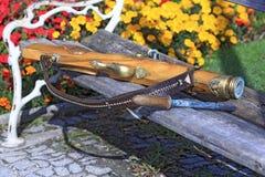 奥地利射击者的传统重的手枪庆祝的炮火的表现的 免版税库存图片