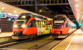 奥地利市郊火车在Feldkirch 库存图片