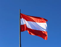 奥地利沙文主义情绪在蓝色无云的天空 免版税图库摄影