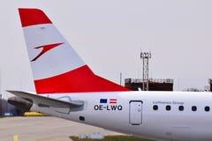 奥地利航空巴西航空工业公司ERJ-195 免版税库存图片