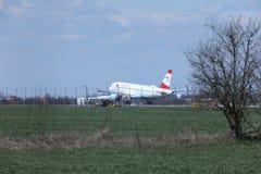 奥地利航空A320-200 OE-LBS登陆的空中客车 免版税图库摄影