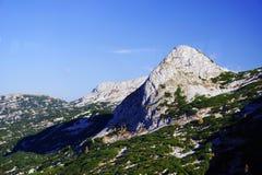 奥地利阿尔卑斯的风景秋天风景从Krippenstein Dachstein电车的 免版税图库摄影