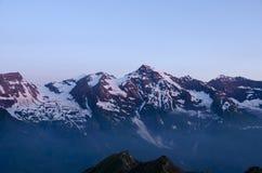 奥地利阿尔卑斯,在日出的Grossglockner 库存照片