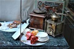 奥地利,维也纳- 2011年5月:在咖啡馆德梅尔的陈列室,在市中心 库存图片