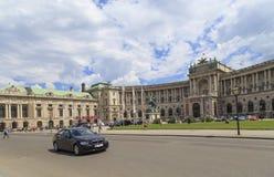 奥地利,维也纳, 7月23日-开胃菜, Heldenplatz的尤金王子骑马雕象,在维也纳,奥地利, 2014年7月23日 免版税库存图片