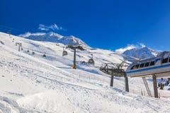 奥地利hochgurgl山区度假村滑雪 库存图片