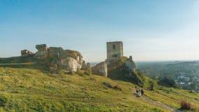 奥尔什丁城堡中世纪堡垒在朱拉地区 免版税库存照片