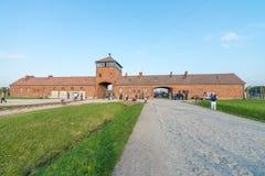 奥斯威辛,波兰- 2017年10月1日, :手表塔和主要entr 库存图片