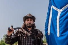 奥斯曼帝国战士古老土耳其军队服装的人  库存照片