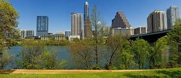 奥斯汀得克萨斯城地平线全景 免版税库存照片