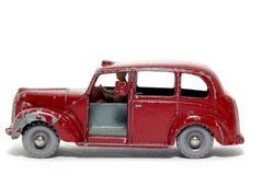 奥斯汀汽车大城市老出租汽车玩具 免版税库存照片