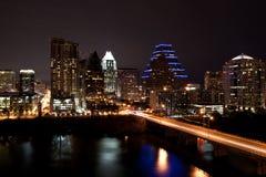奥斯汀都市风景街市晚上得克萨斯 库存图片