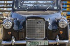 奥斯汀经典出租车葡萄酒汽车 免版税图库摄影
