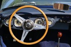 奥斯汀Healey 3000的仪表板 免版税库存图片