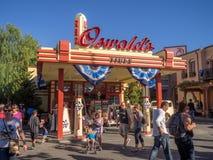奥斯瓦尔德的轮胎在迪斯尼加利福尼亚冒险公园的礼品店 免版税图库摄影