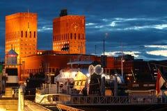 奥斯陆港口在晚上,挪威 库存照片