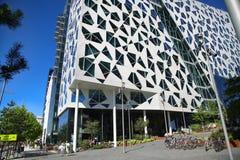 """奥斯陆,挪威†""""2016年8月17日:一栋新的公寓bl的外部 免版税库存照片"""