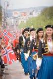 奥斯陆,挪威- 2010年5月17日:国庆节在挪威 库存图片