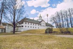 奥斯陆, Vigeland公园, 2013年 春天在奥斯陆, Norvegia 看法strets 库存图片