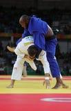 奥林匹克冠军捷克Judoka白色的卢克斯Krpalek在反对葡萄牙的豪尔赫丰塞卡湾的胜利以后 库存图片
