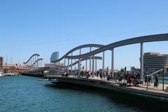奥林匹克小游艇船坞走的散步在巴塞罗那 免版税图库摄影